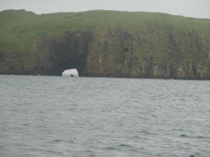 Arch in basalt, Shiant Isles