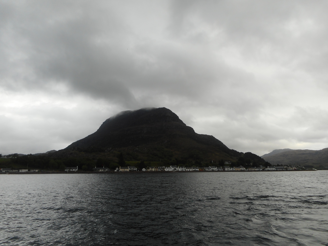 Loch Torridon, village with a pub!